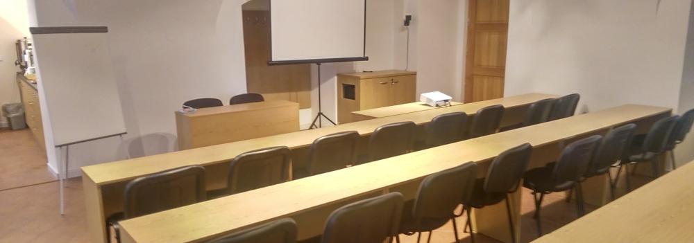 Školící místnost s veškerým zázemím
